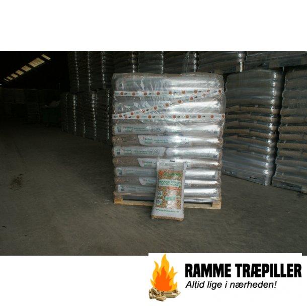 Barlinek 6 mm 66 stk á 15 kg. 990 kg.